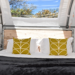 Window abouve bed in glamping pod