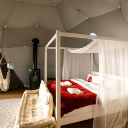 Nessa glamping geodome four poster bed