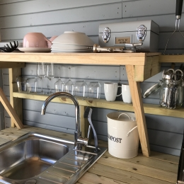 Eyl glamping geodome Fully equiped kitchen