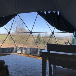 Eyl glamping geodome window view