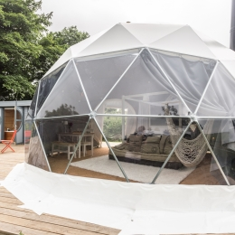 Eyl glamping geodome exterior